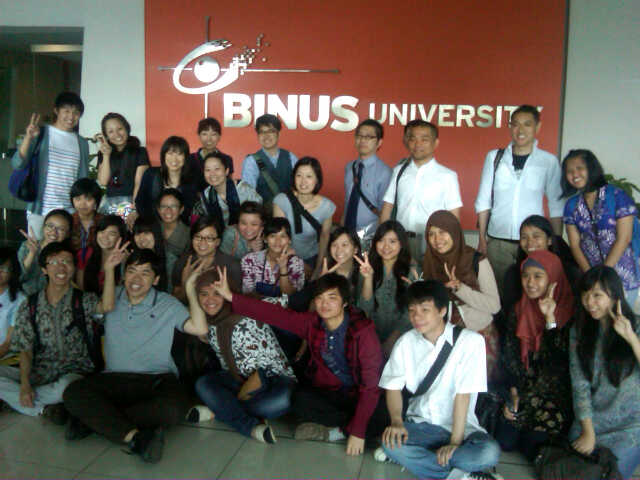 The Excitement of Togetherness Two Culture at Cultural Exchange Party (2) (Collaboration between Binus University and Osaka University Japan)